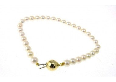 Pearls Bracelet with Yellow...