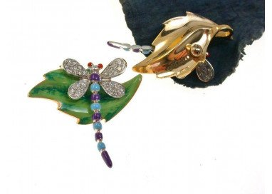 Blue Dragonfly on leaf Pendant