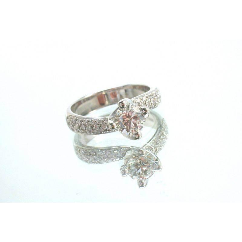 Pulire anello diamanti